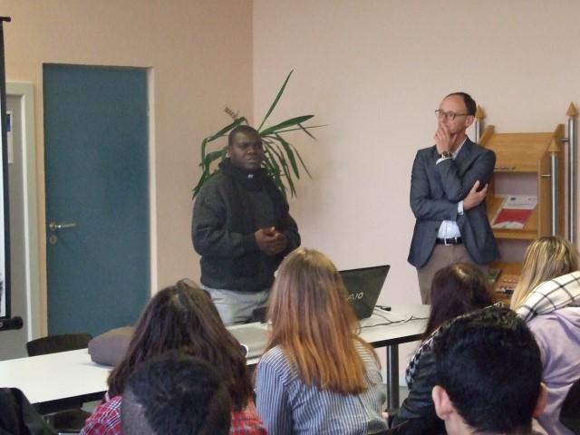 Besuch von Abbe Joesph Bukenya Wetaase im berufsbildungszentrum Bitburg-Prüm (bebiz)